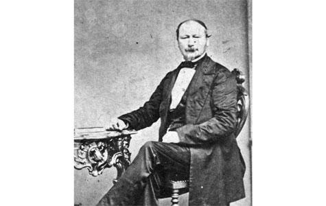 Carl Hoffman (ca. 1807-1865) var den anden festfyrværker i Hoffmann/Barfodslægten. Han var søn af Joseph Hoffmann og var foruden festfyrværker også cirkusdirektør og kunstberider.