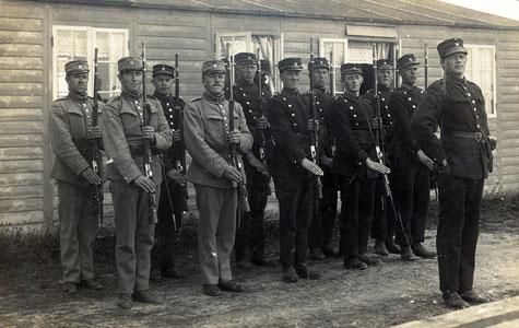 Her ses vagtholdet ved Mosede Batteri i 1917.