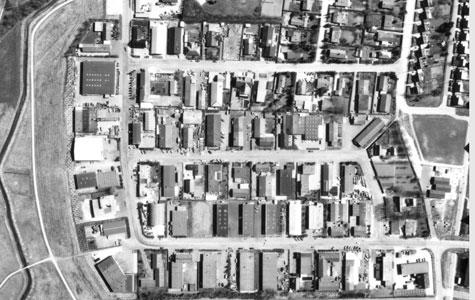 Håndværkerbyen som den så ud fra luften i 1982.