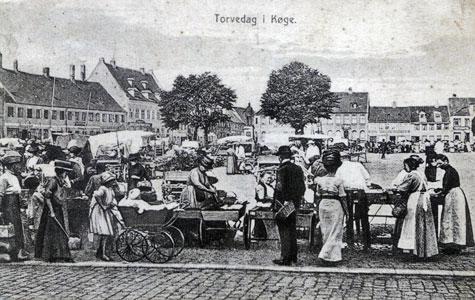 Torvedag omkring 1917