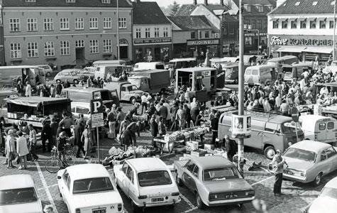 Torvet midt i 1970'erne Foto: Jørgen Christian Jørgensen