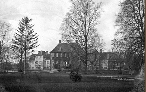 Gammelkjøge set fra haven omkring 1915-1920.
