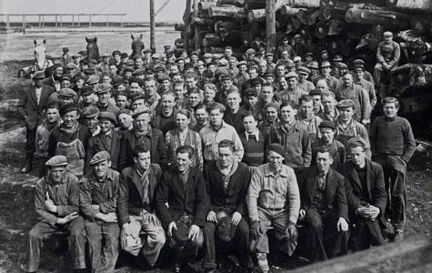 Medarbejdere ved afdeling C på Junckers Savværk, ca 1938