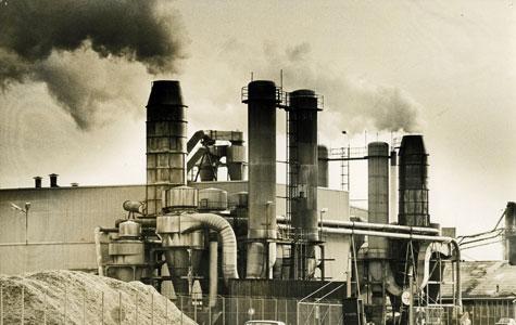 Junckers Industrier ca. 1982. I denne del af fabrikken blev der fremstillet cellulose, der blev benyttet til gulvlak.
