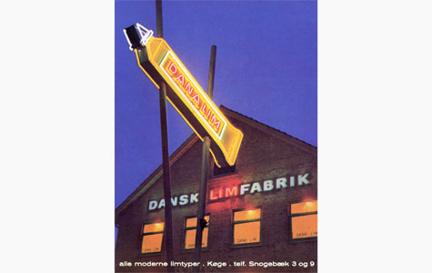 Den kendte gule tube Dana Lim fra Dansk Limfabrik, senere Dana Lim. Billedet er fra 1950'erne