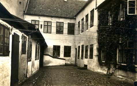 Baggården i Brogade 1 - Apoteket