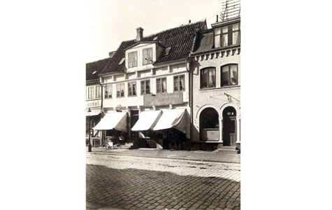 Brogade 10 i 1914, set fra gaden