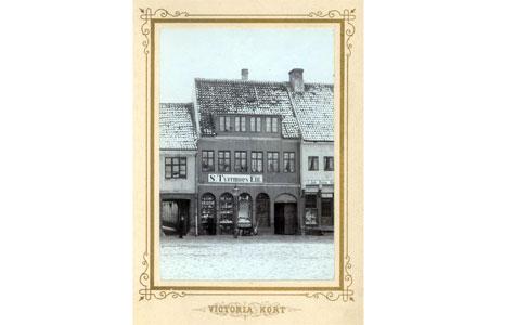 Torvet 5, fotograferet omkring 1880