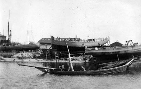 Larsens Skibsværft.