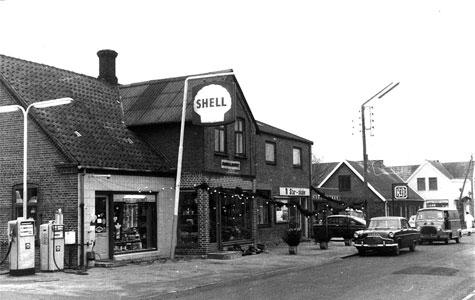 Forretning på Havdrup Hovedgade i 1971