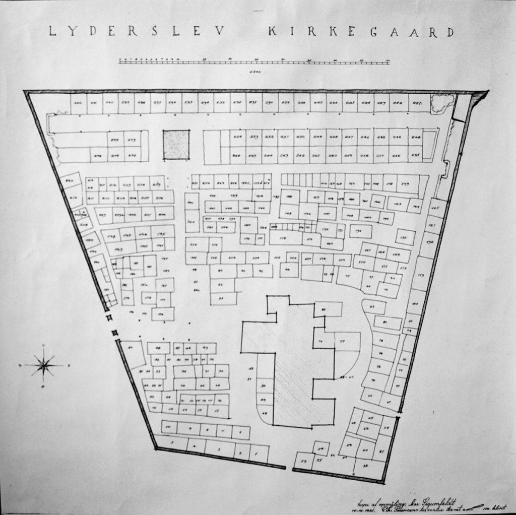 Kort over Lyderslev Kirkegård. Bemærk hvordan den nyeste del af kirkegården er meget regelret.