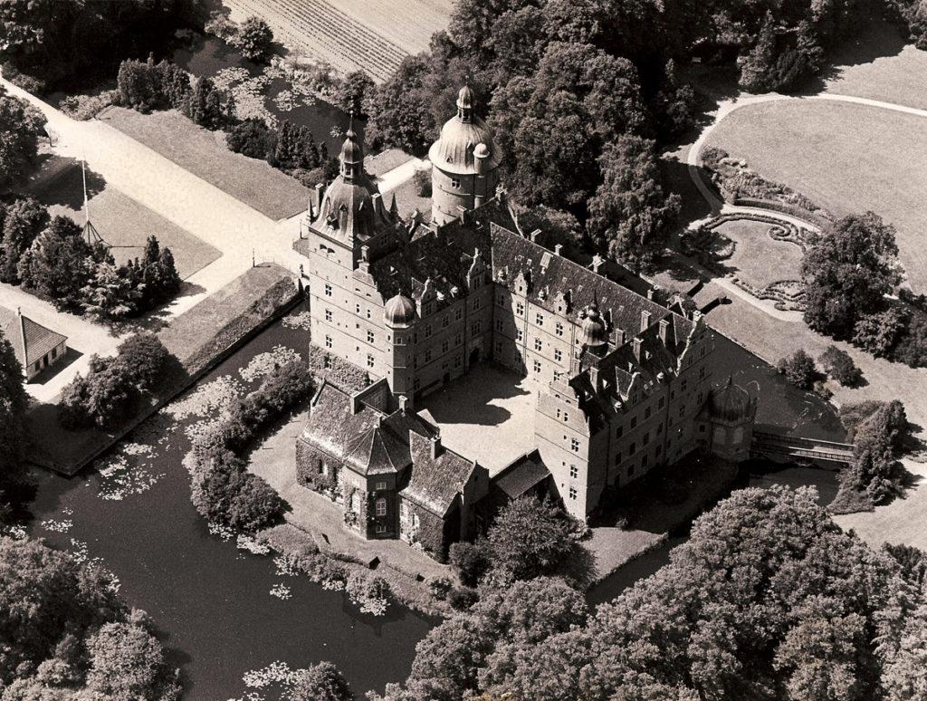 Luftfoto af Vallø Stift fra 1960'erne