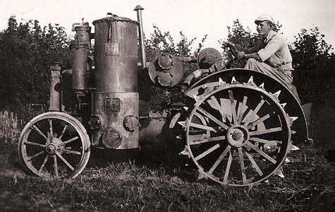 En af de første traktorer.