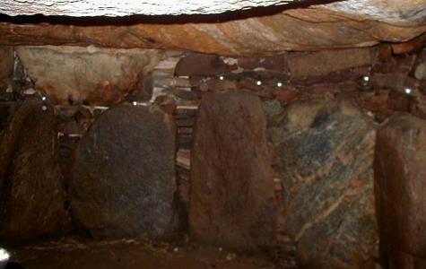 De kæmpestore sten Maglehøj er bygget af.